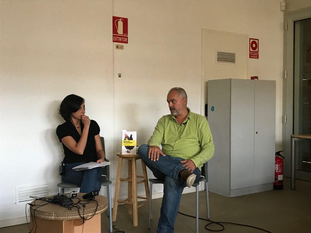 Mónica Fernández entrevista a Xavier Pellicer